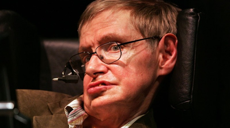 Professor-Stephen-Hawking-011
