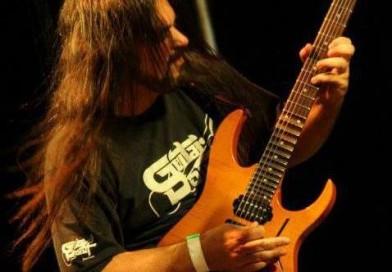 Affonso Jr novo guitarrista de Ricardo Confessori